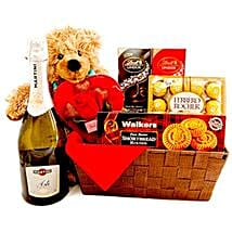 Dashing Romance: Christmas Gift Baskets to Canada
