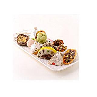 Mixed Kaju Sweet: Romantic Gifts to Canada