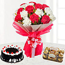 Bright And Romantic Gift Combo: Christmas Cake Delivery in Kuwait