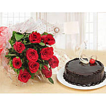 Forever Love Gift Combo: Valentines Day Cakes in Kuwait