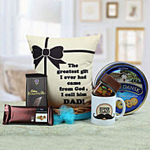 A Yummy Treat for Daddy: Send Gift Hampers to Noida