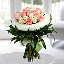 Appealing Pink N White Roses Bunch: Send Flowers to Bangalore