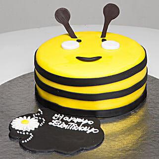 Bumblebee Birthday Cake: Send Mango Cakes to Kolkata