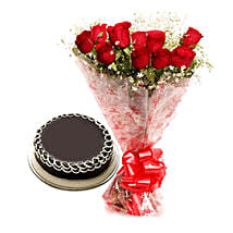 Capturing Heart- Red Roses & Chocolate Cake: Gifts to Nandyal