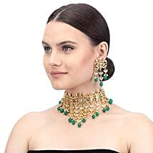 Chic Gold & Green Kundan Necklace Set: Send Jewellery Gifts