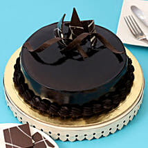Chocolaty Truffle Cake: Birthday Gifts for Boss