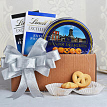 Cookies & Lindt Chocolates Special: Gift Hampers for Kids