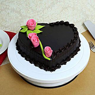 Creamy Heart Truffle Cake: Cake Delivery in Kuttipuram