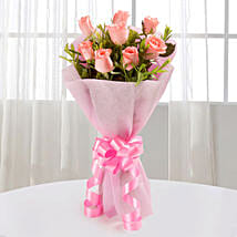 Endearing Pink Roses Bouquet: Kiss Day Gifts