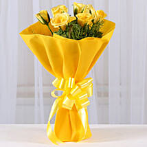 Enticing Yellow Roses Bouquet: Send Anniversary Flowers to Delhi