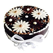 Floral Cake: Send Birthday Cakes to Kochi