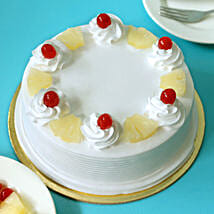Pineapple Cake: Eggless cakes for anniversary