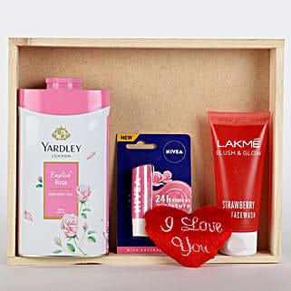 Refreshing Pink Hamper: Send Gift Hampers