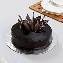 Snickers Cake: Wedding Cakes to Indore