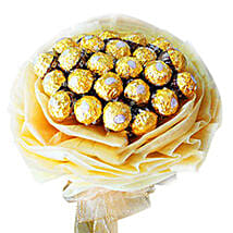 Rocher Delight Bouquet: Christmas Gifts Delivery In Malaysia