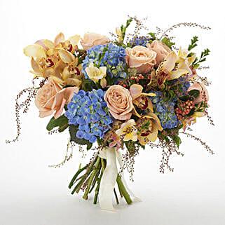 Bloom Seasonal Bouquet: Flower Delivery in New Zealand