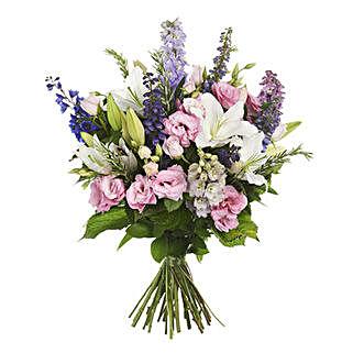Fresh Garden Bouquet: Send Flowers to Christchurch
