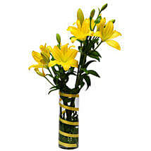 6 Lilies For Friendship OM: Send Bhai Dooj Gifts to Oman