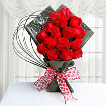 15 Red Roses: Flower Delivery in Jeddah
