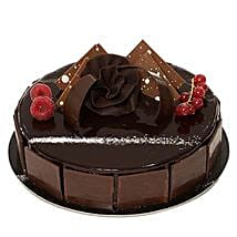 Chocolate Sponge Cake: Valentines Day Cakes in Saudi Arabia
