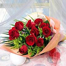 10 Long Stem Roses: Friendship Day Flowers to Singapore