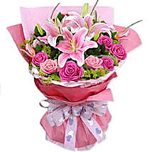 Floral Ecstasy: Send Flowers to Singapore