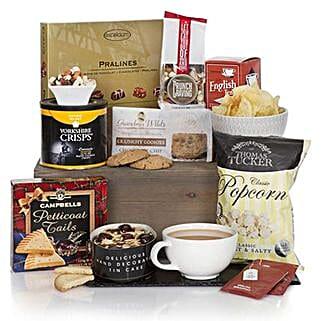 Gourmet Delights Hamper: Gift Baskets in South Africa