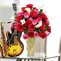 A song and flowers for love: Flowers & Guitarist Service to UAE