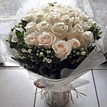 Eternal Affection: Same Day Rose Delivery in UAE