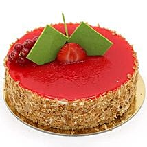 Flavoursome Strawberry Cheesecake: Cake Delivery in UAE
