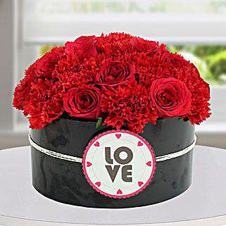 Passionate Red Flower Arrangement: Valentine's Day Flowers to Sharjah