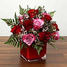 Red and Pink Roses In A Vase: Valentine's Day Flowers to UAE