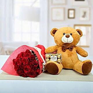 Shower Ur Care: Flowers and Chocolates to Dubai