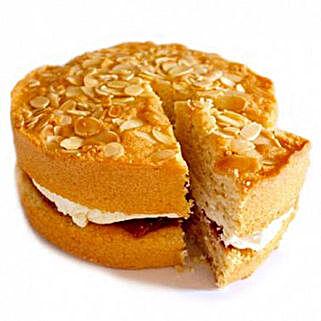 Bakewell Sponge Cake: Send Cakes to Nottingham