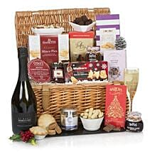 The Traditional Christmas Hamper: Chocolates in UK