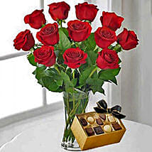 12 Red Roses With Chocolates: Same Day Anniversary Flowers for USA