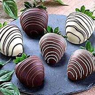 Dipped Chocolate Strawberries: Send Chocolates to USA