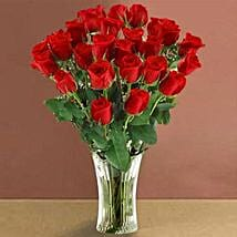 Long Stem Red Roses: Friendship Day Flowers to USA