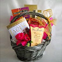 Thanks a Latte: Valentines Day Gift Baskets in USA